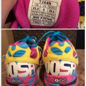 Flawed ASICS Colorful Gel Noosa TRI 7 womens sz8